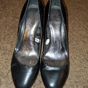 Black Rounded Toe High Heels XOXO Brand Size 9.5